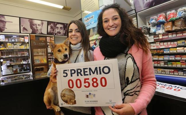 Lotería de Navidad 2017: El 00580, sexto quinto premio, deja un pellizco en Avilés y Ribadesella
