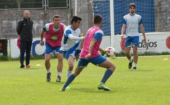 El primer equipo trabaja sin novedad en el Suárez Puerta