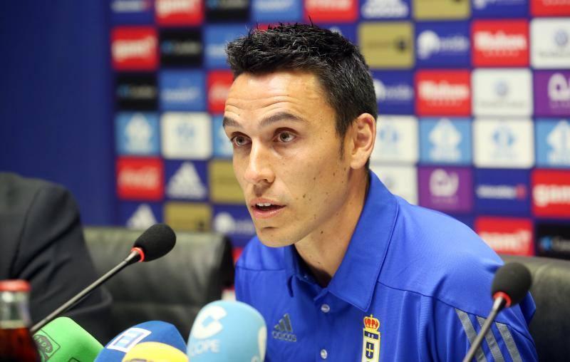 Ramón Folch se presenta a la afición del Real Oviedo