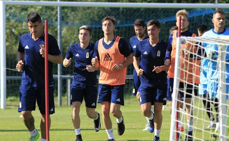 El Real Oviedo se prepara en El Requexón (15/07)