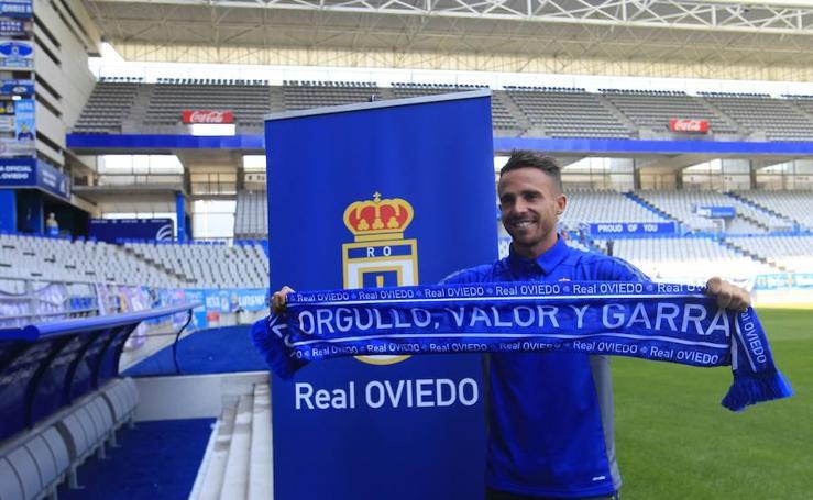 Presentación de Aarón Ñíguez como nuevo jugador del Real Oviedo