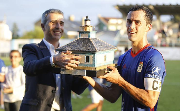El Real Oviedo consigue el trofeo Emma Cuervo frente al Lugo