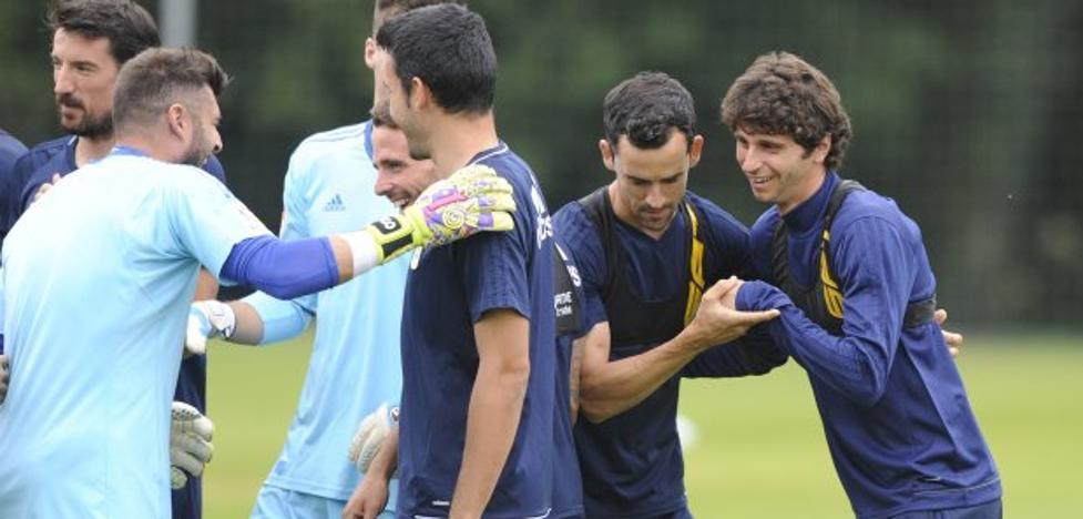 Real Oviedo | Calidad italiana para la media punta