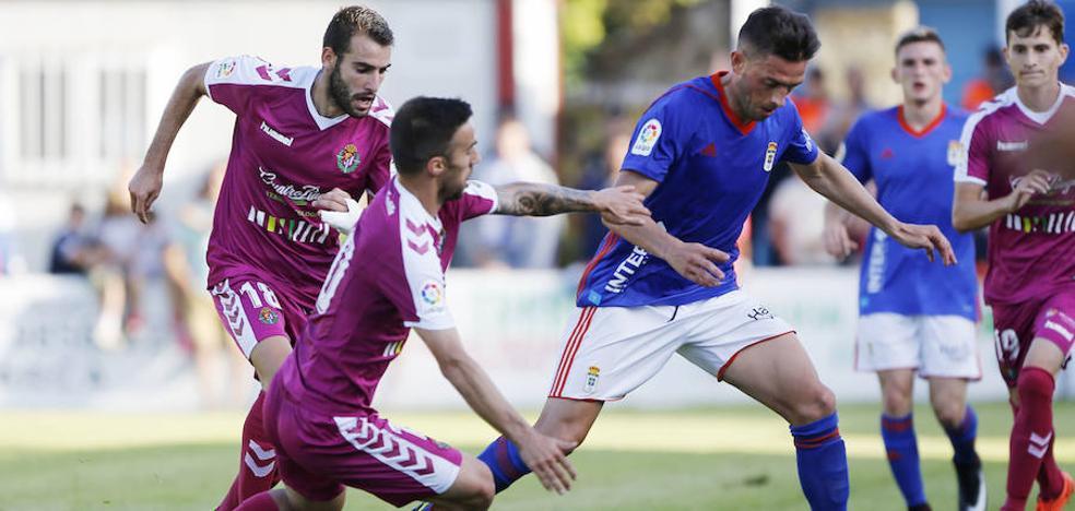 El Real Oviedo despide la pretemporada con una victoria