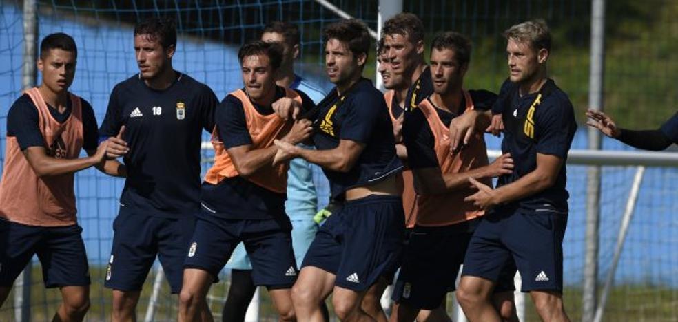 Real Oviedo | «Al inicio de temporada todos los equipos son favoritos y quieren subir»