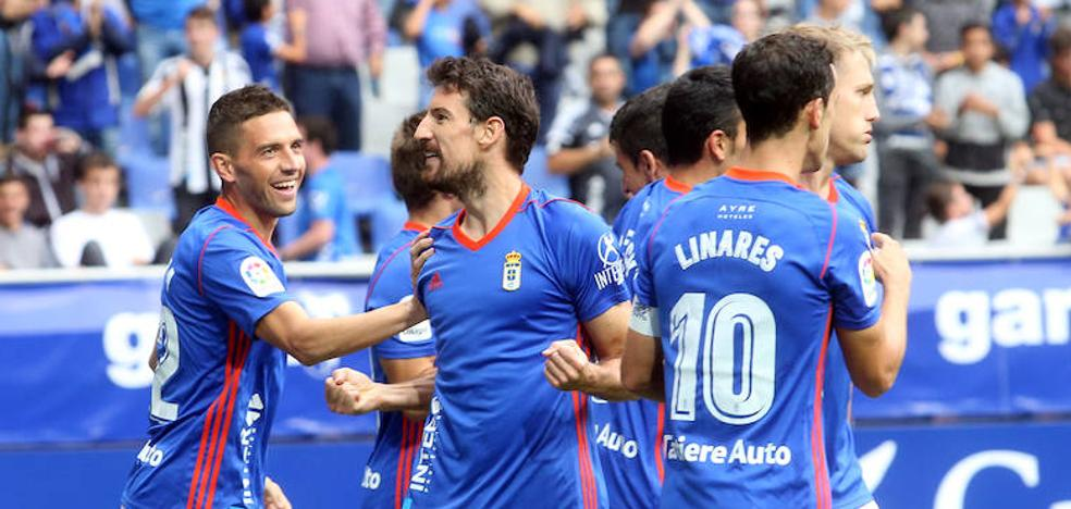 El Real Oviedo golea al Reus