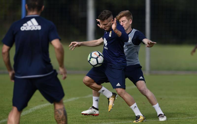Las imágenes del entrenamiento del Real Oviedo en El Requexón