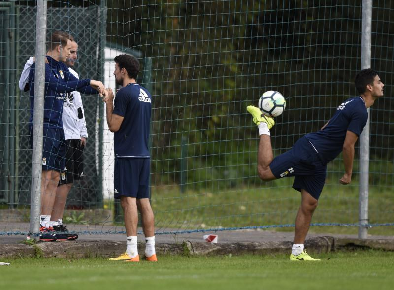 Entrenamiento del Real Oviedo (06/10)