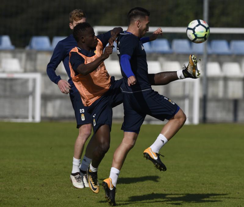 Entrenamiento del Real Oviedo (10/10)