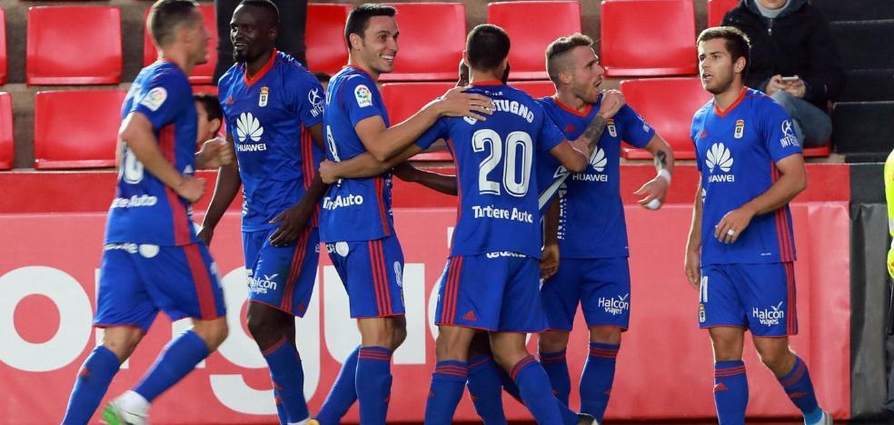 El Real Oviedo se apunta a las remontadas apoyado en el cambio de sistema táctico