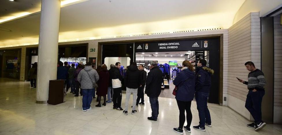 Real Oviedo | El oviedismo se moviliza para su desembarco en Valladolid
