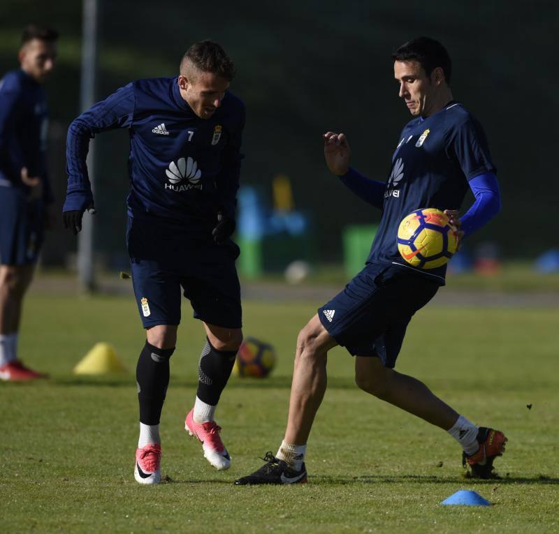 Entrenamiento del Real Oviedo (21/11/2017)