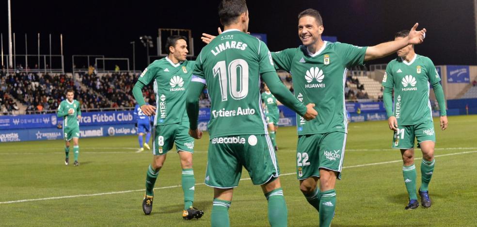 El Real Oviedo acelera el paso