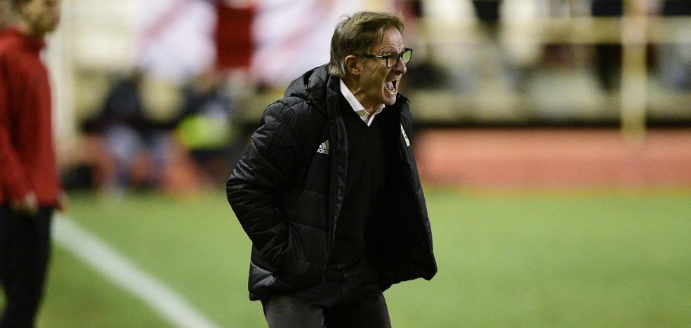 Real Oviedo | Anquela: «Por momentos, no supimos leer el partido y pudimos hacer más»