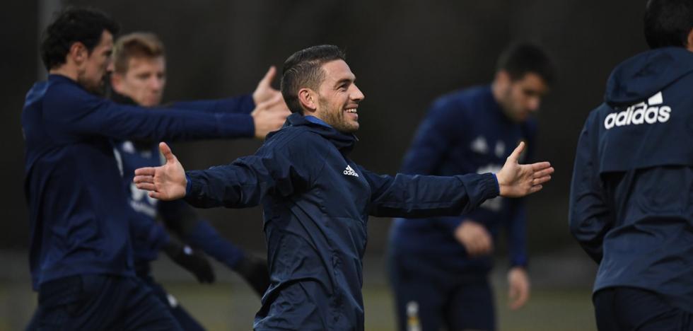Real Oviedo: Rocha encuentra su sitio en la medular