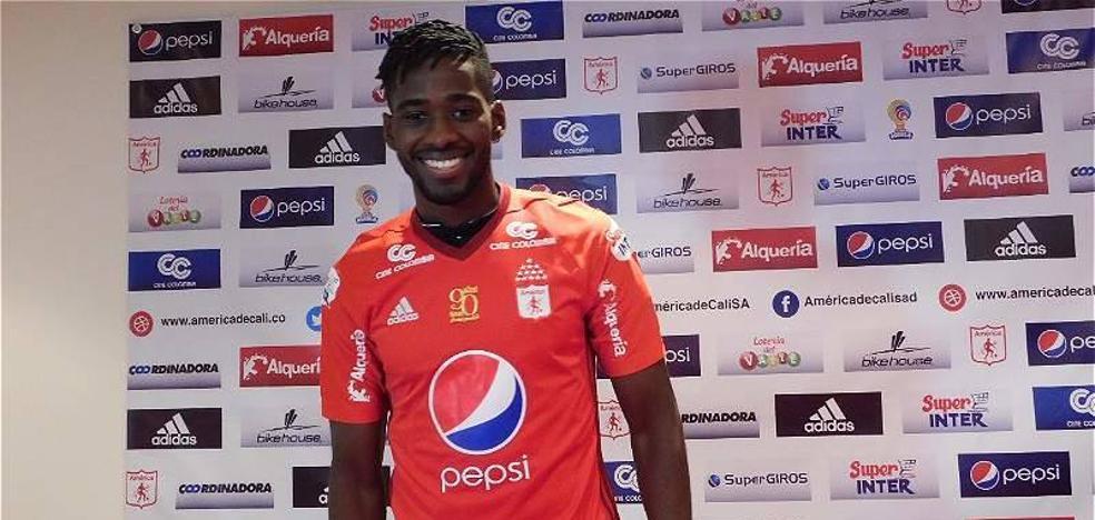 El colombiano Olmes García reforzará el Real Oviedo