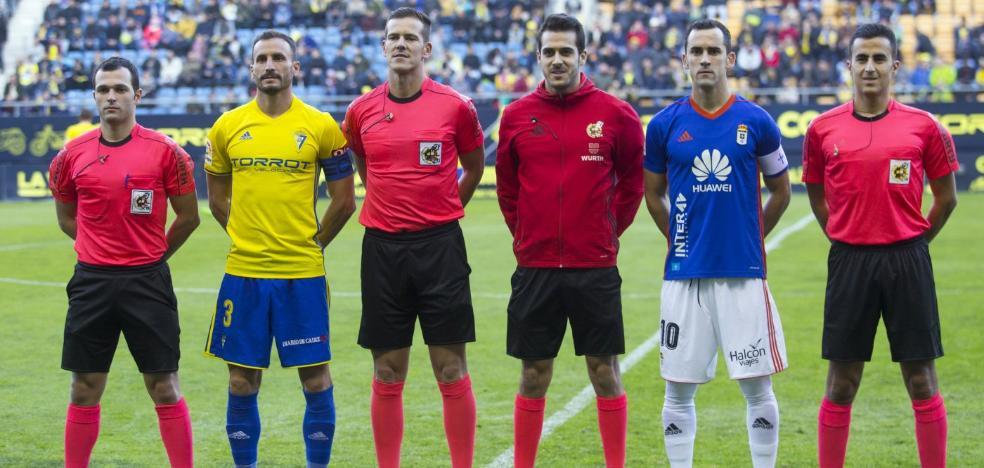 «En la expulsión, gente que haya jugado al fútbol no puede pitar ni falta»