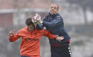 Nico Rodríguez ve «buena pinta» al Real Oviedo
