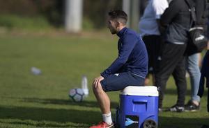 Real Oviedo | Mossa regresa al grupo, Varela trabaja en solitario y Folch continúa al margen
