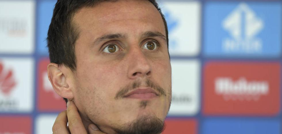Real Oviedo | Christian Fernández: «Nos faltó ser contundentes en el área»