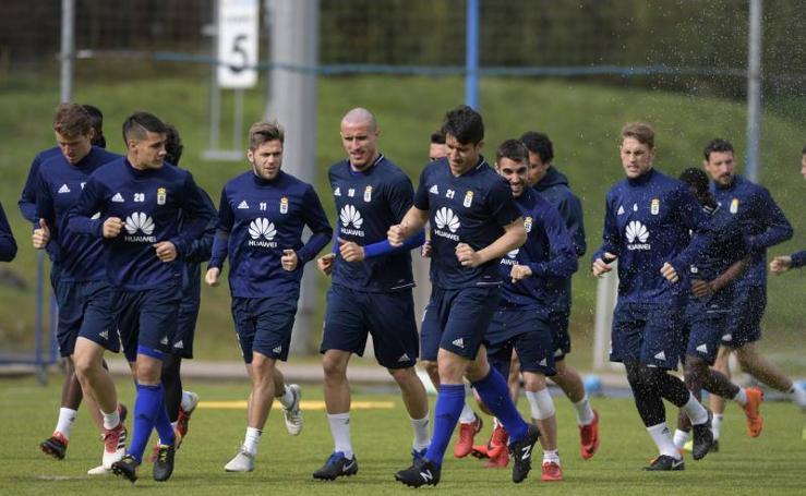 Entrenamiento del Real Oviedo (14/03/2018)