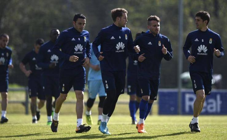 Entrenamiento del Real Oviedo (16-04-2018)