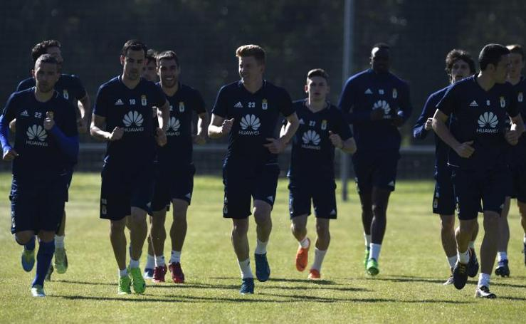 Entrenamiento del Real Oviedo (18/04/18)