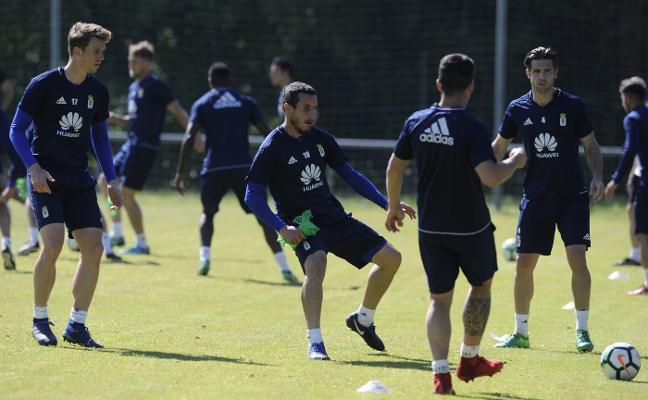 El Real Oviedo apunta para disparar «la última bala»