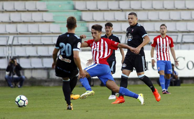 Las mejores imágenes del Sporting en el triangular de Ferrol