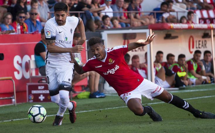 Las mejores imágenes del Nàstic - Sporting (0-4)