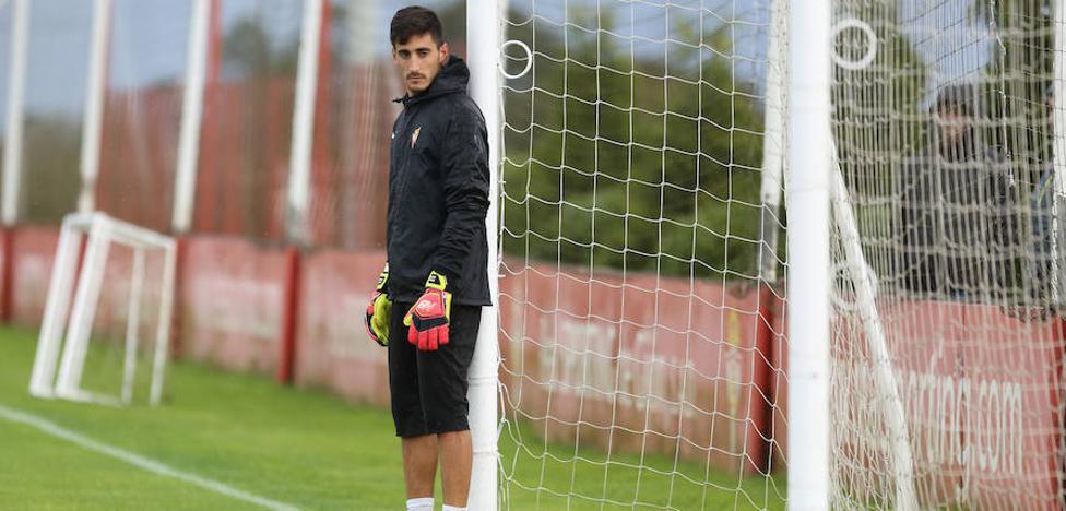 Sporting | El guardameta Mariño trabaja al margen