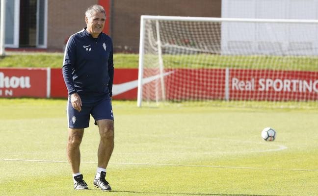 Sporting | La directiva del Sporting mantiene la confianza en Paco Herrera
