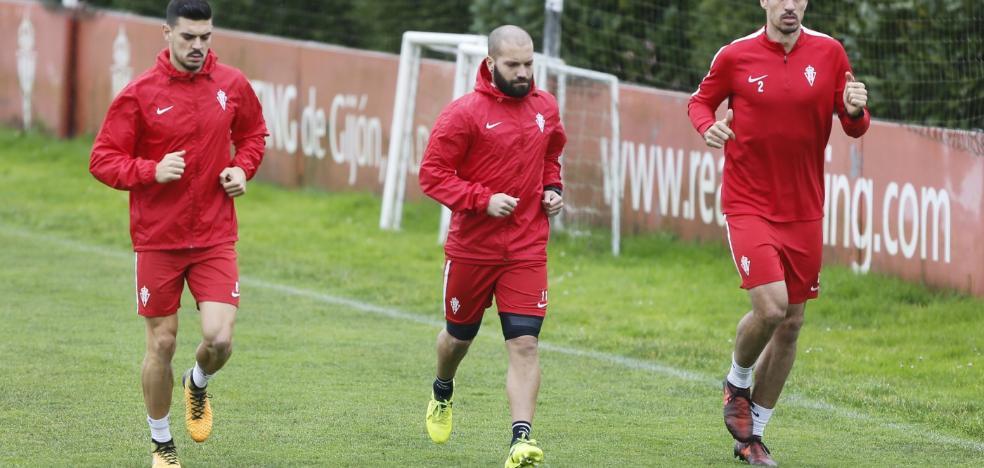 Lora y Xandao apuran su recuperación para jugar ante el Tenerife
