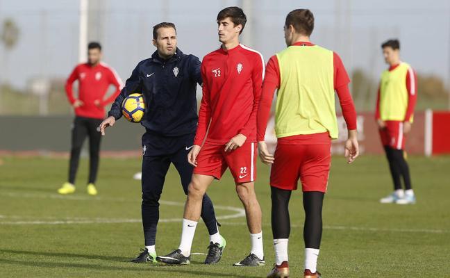 Sporting   «Fue muy difícil la despedida de Paco Herrera», reconoce Rubén García