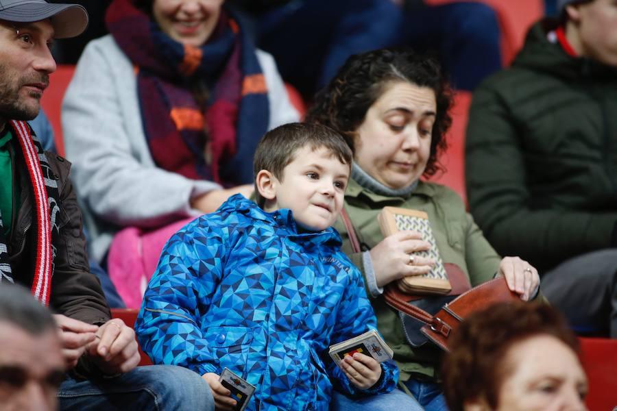 ¿Estuviste en el Sporting 3-2 Córdoba? ¡Búscate en las fotos!