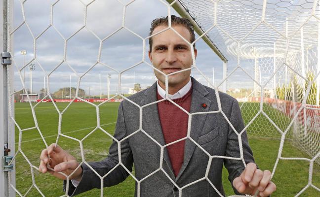 Rubén Baraja: «El objetivo del Sporting tiene que ser estar con los mejores»