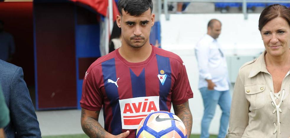 Nano Mesa, cedido al Sporting hasta final de temporada