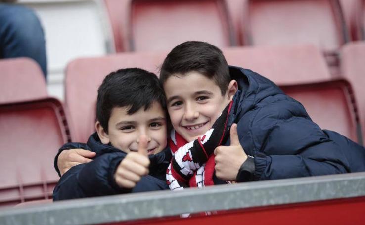 ¿Estuviste en el Sporting 2 - 0 Numancia? ¡Búscate! (3)
