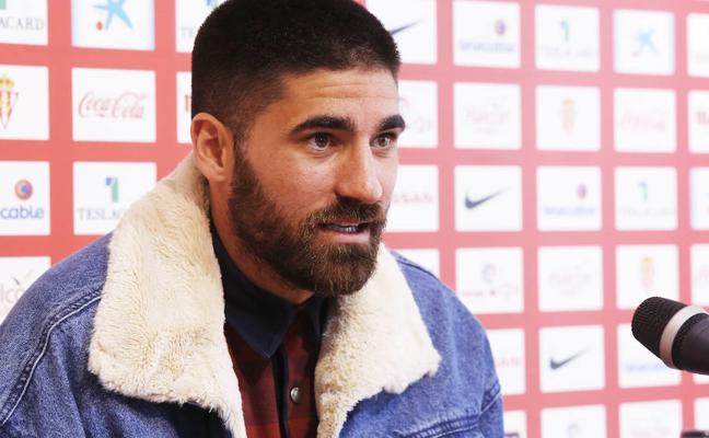 Sporting | Carmona: «Vamos a hacer todo lo posible por conseguir los tres puntos»