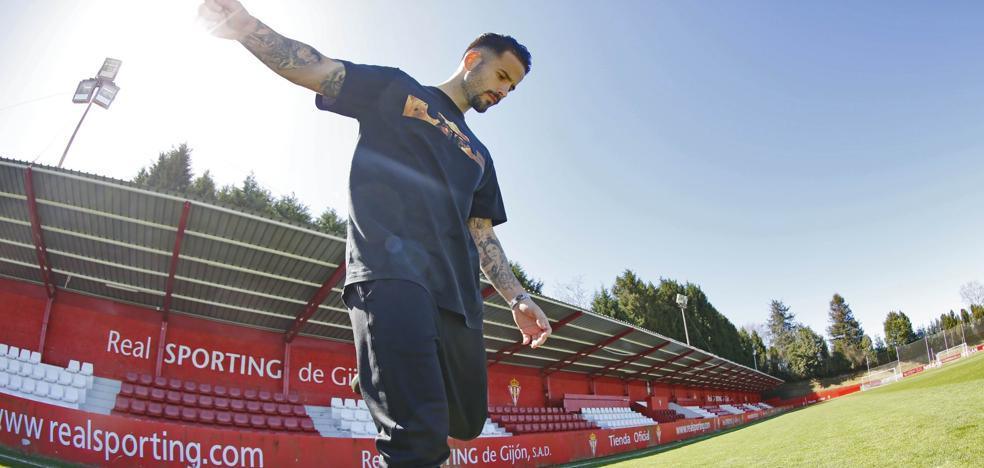 Rubén García: «En este Sporting no hay excepciones; corremos, peleamos y sufrimos todos»