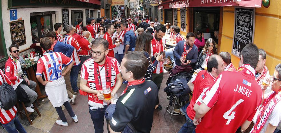 «No te escucho bien, esto está lleno de gente del Sporting»