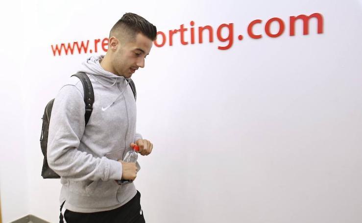 La llegada del Sporting a El Molinón
