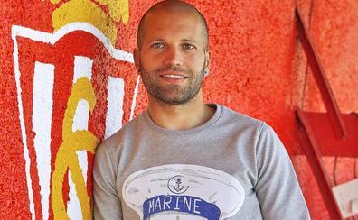 Sporting | Lora: «El corazón siempre me dirá que Manolo fue el mejor»