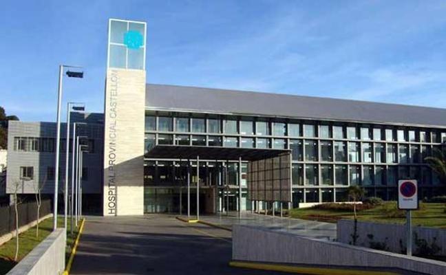 Fallece una anciana atrapada por la puerta de un hospital en Castellón