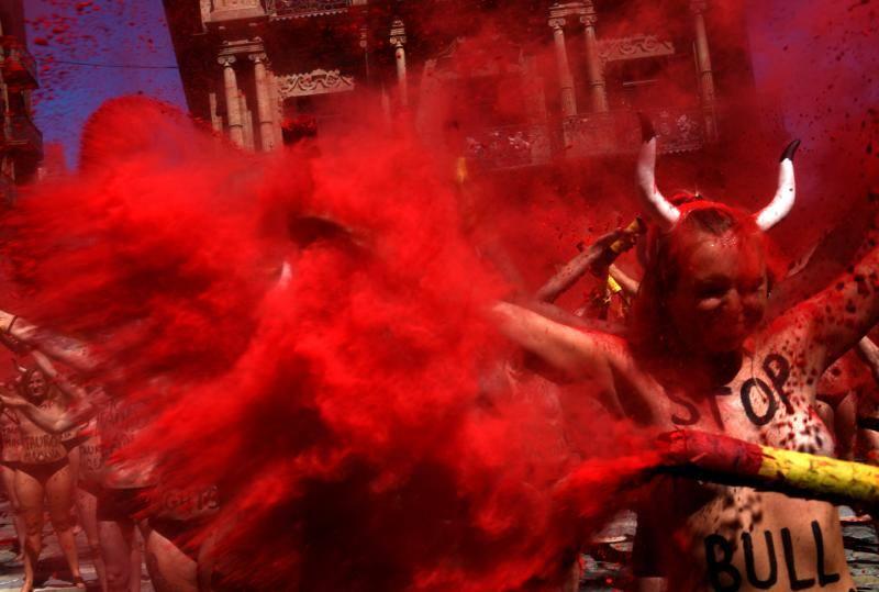 Protesta antitaurina el día antes del chupinazo