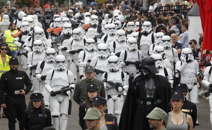 Desfile de Star Wars en Metrópoli