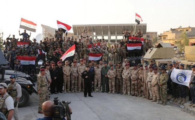 El primer ministro iraquí oficializa la victoria frente al Dáesh «desde el corazón de la liberada Mosul»