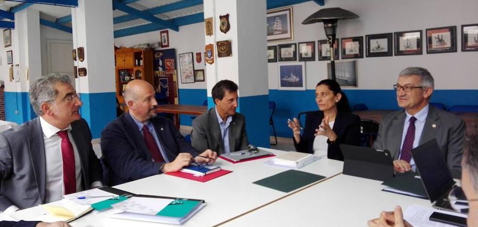 La Universidad buscará apoyo del Principado para rehabilitar Las Colonias