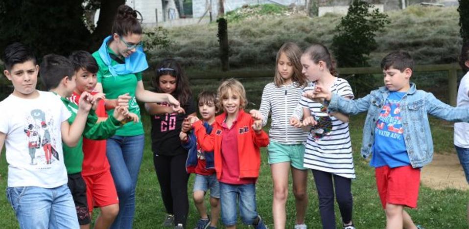 Los niños acampan por El Carmín