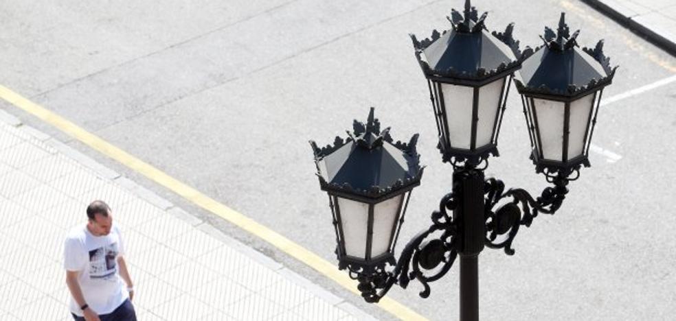 Oviedo pide cuatro millones al Estado para cambiar las luces de 4.295 farolas